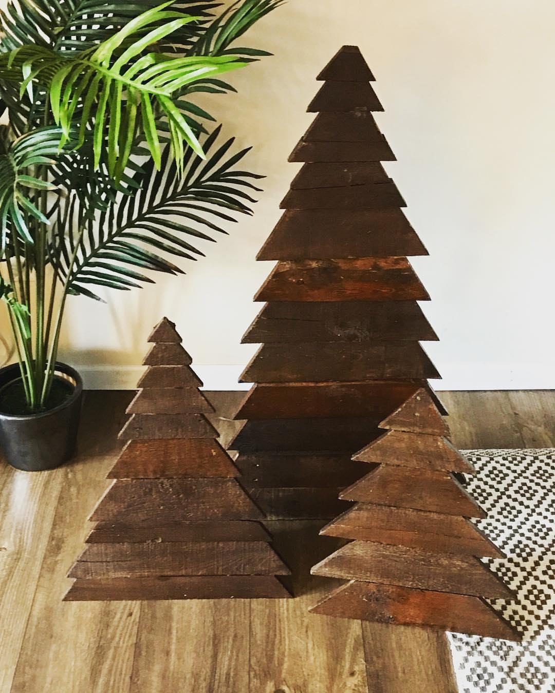 Are Alternative Christmas Trees Trendy?